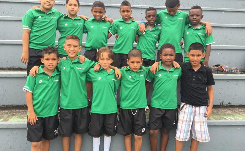 PROSPECTOS U 10 DE LIMÓN FC BIEN UNIFORMADOS A SEMIFINALES